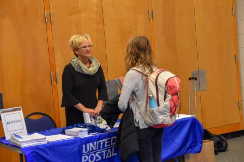 UNH's Career and Professional Success has assembled resume templates for federal jobs