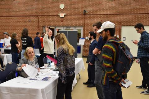 Image of students engaging with companies at UNH's Start-Up and High-Growth Company Career Fair