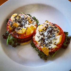 7 Tips for Eating Healthy in College