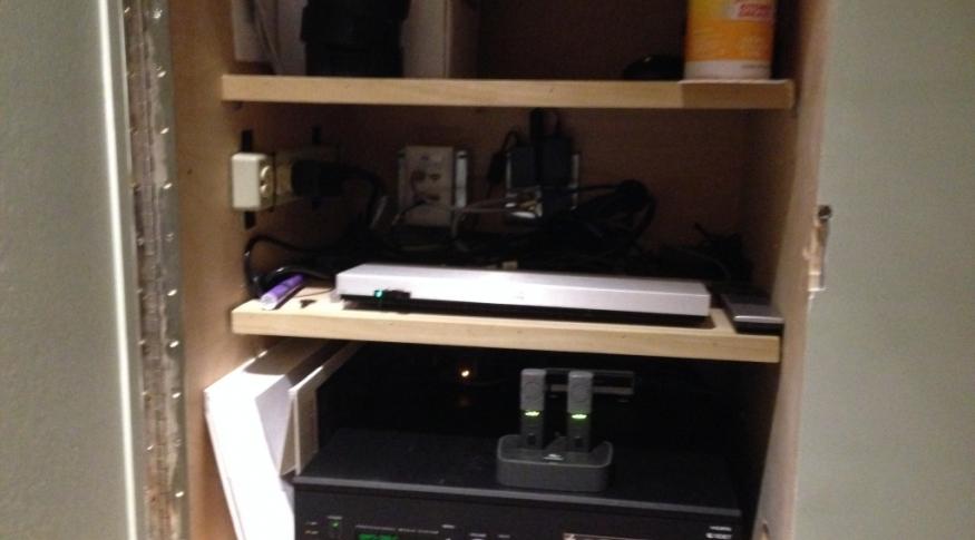 Henderson Room 112 Equipment