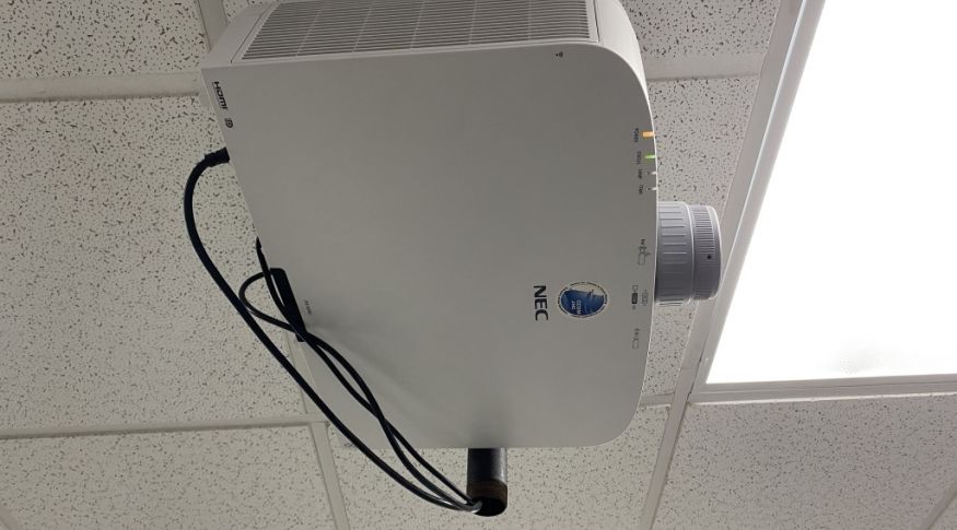 Chase 130 NEC Projector