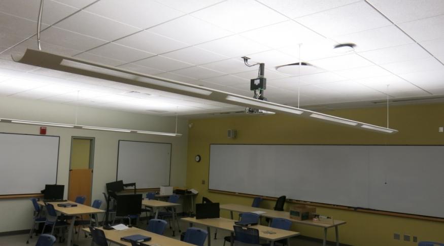 DeMerrit 338 Room Photo