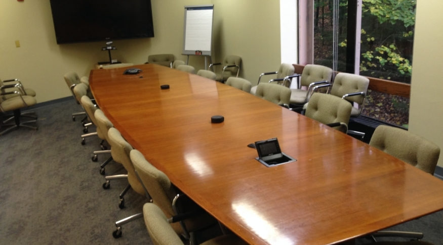 Strafford Room - Conference Table