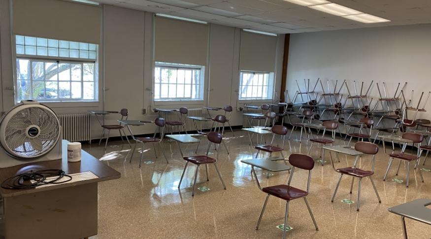 Putnam 133 Room Photo