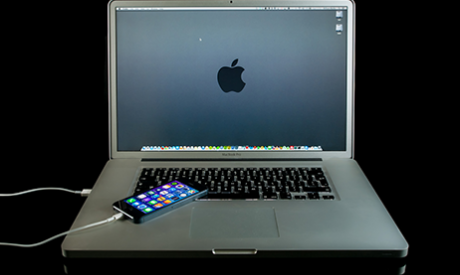 iPhone Tethered to Macbook