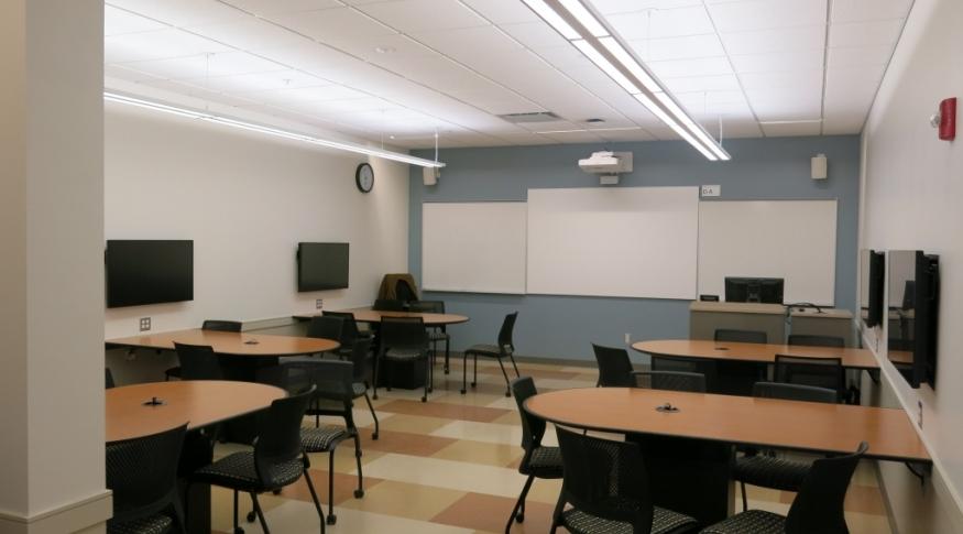 Hamilton Smith 340 Room Photo