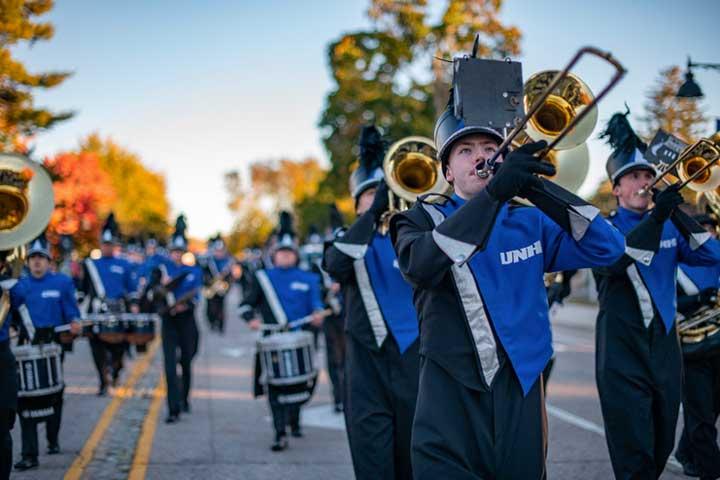 marching band at unh homecoming parade