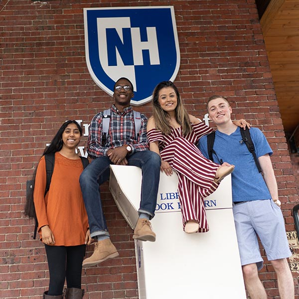 UNH Manchester students