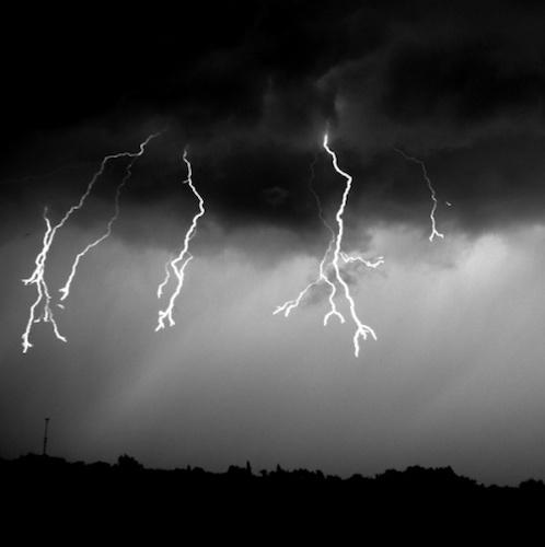 Dramatic image of lightning