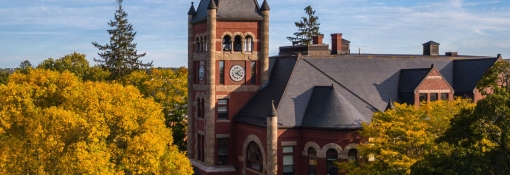 Thompson Hall building in the fall