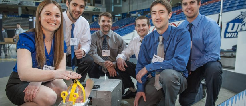 Image of students at the Interdisciplinary Science & Engineering Symposium(ISE)