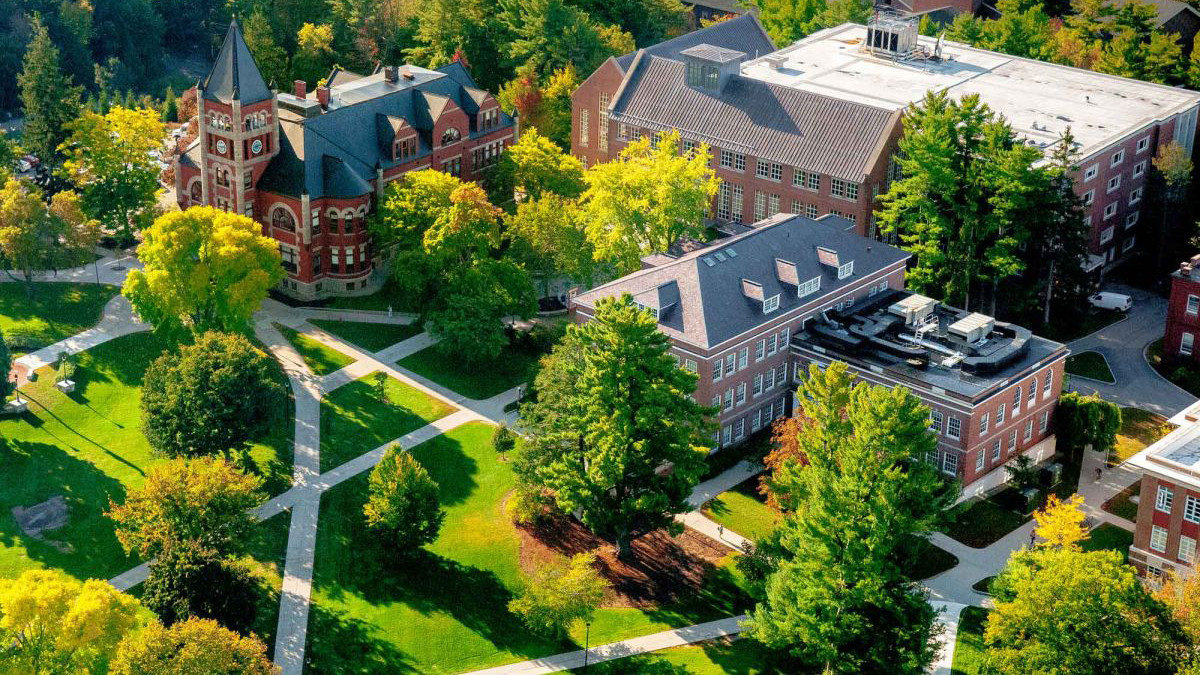 Campus Tours Info Sessions University Of New Hampshire
