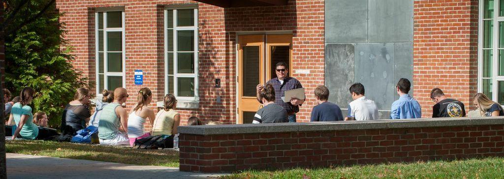 UNH Outdoor Classroom