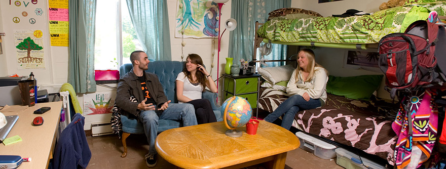 UNH students in a dorm room