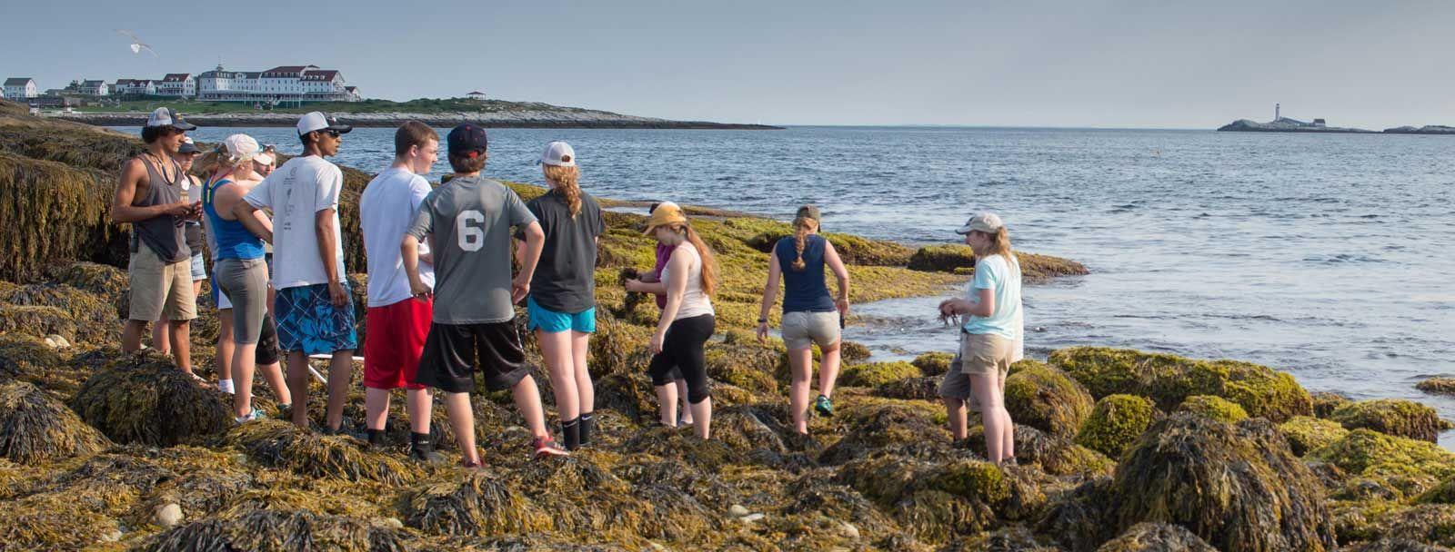 UNH incoming first-year students at the Isles of Shoals