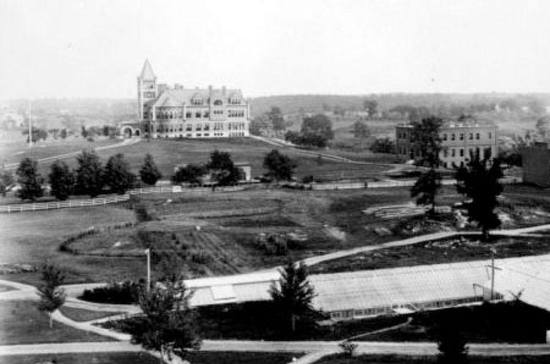Campus aerial of Thompson Hall