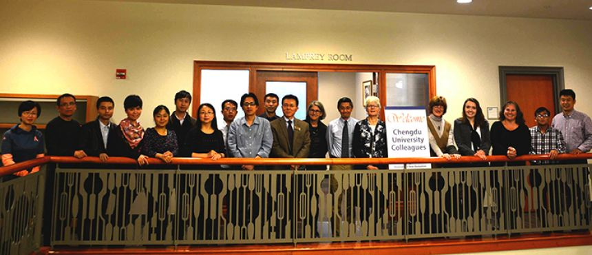Representatives from Chengdu University and UNH