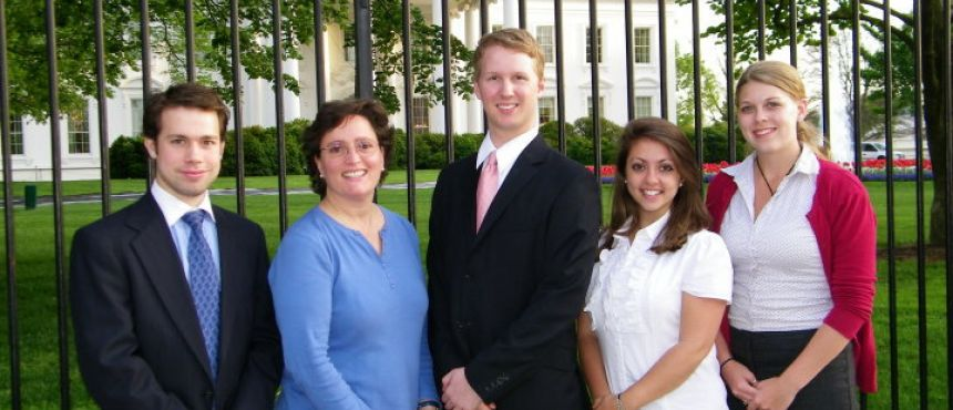 Group of UNH interns and advisor posed at The Whitehouse