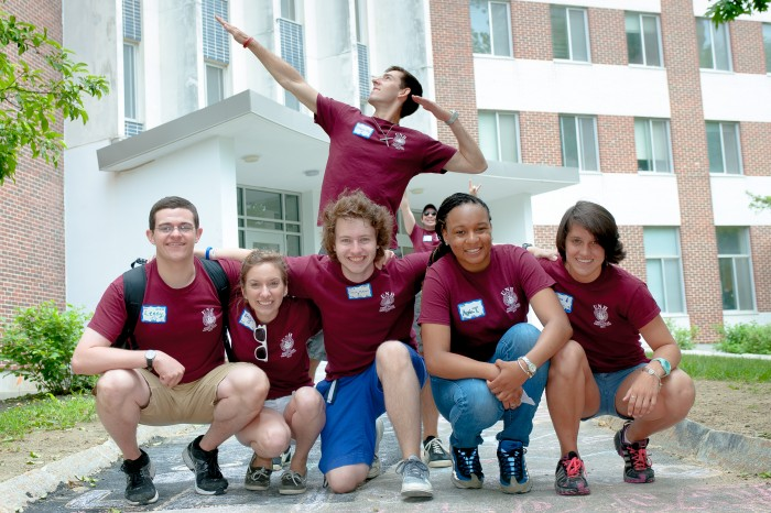 Apply to be a June Orientation Leader!