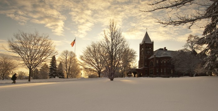 UNH Sustainability Considerations for Winter Apparel