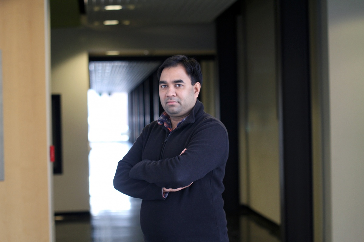 UNH researcher Harish Vashisth