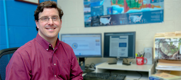 UNH scientist Tom Safford