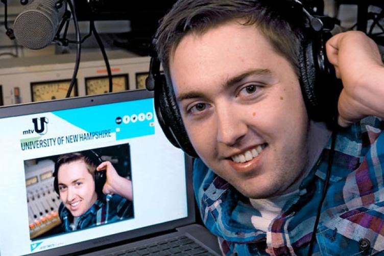 sean riley from WUNH radio