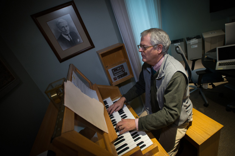 Peter Urquhart, associate professor of music at UNH and UNH's carilloneur