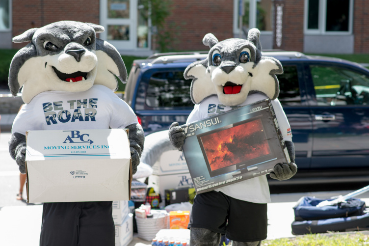 UNH's Wild E Cat and Gnarlz during move-in day