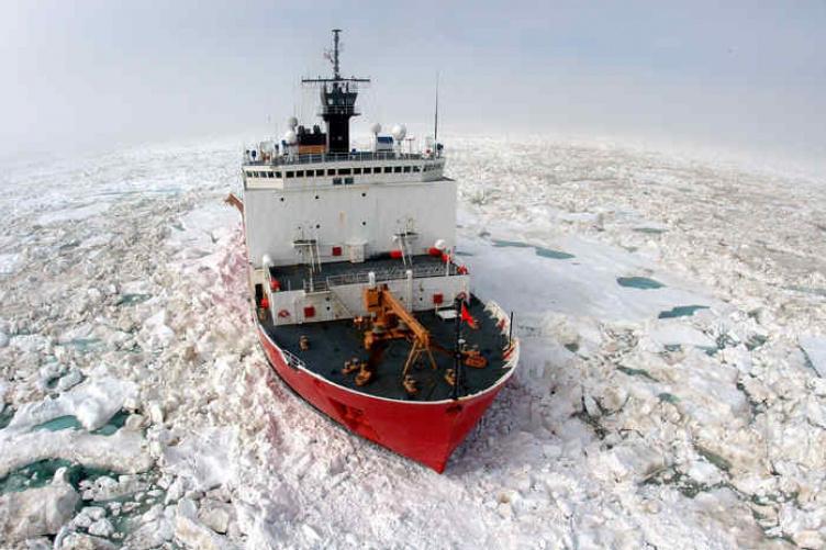 Icebreaker Healy in Arctic