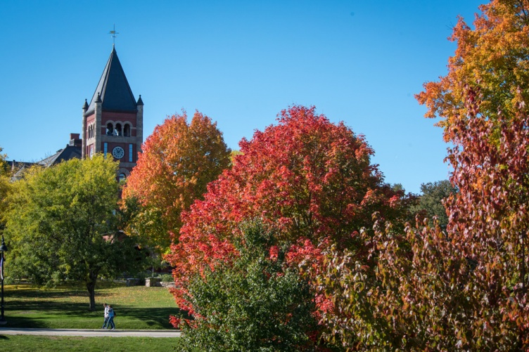 UNH's Thompson Hall tower in the fall