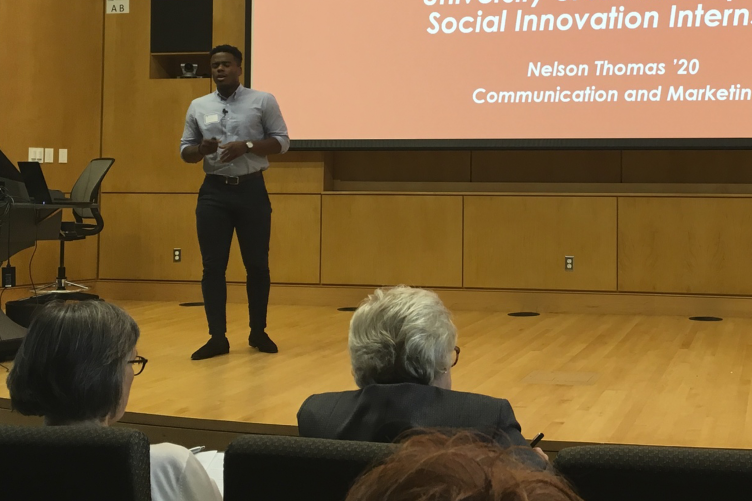 Nelson Thomas '20 making his presentation at the Social Innovation showcase.