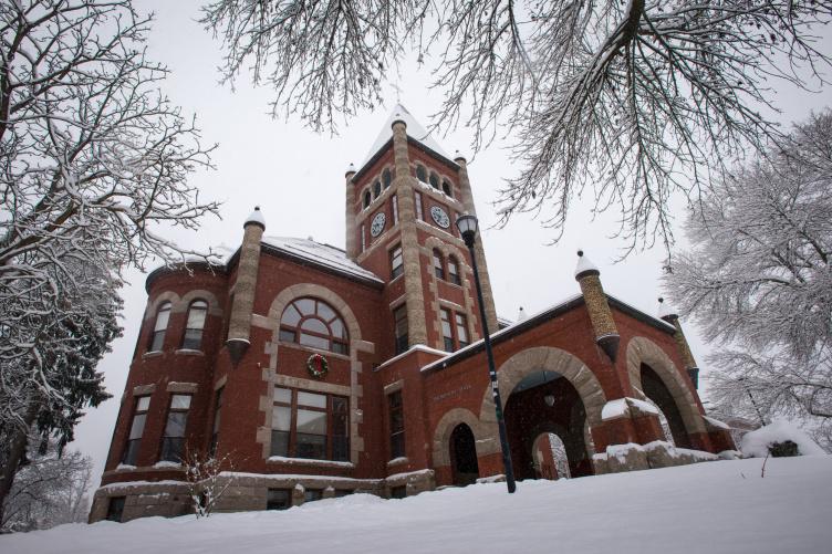 Thompson Hall at UNH - winter 2018