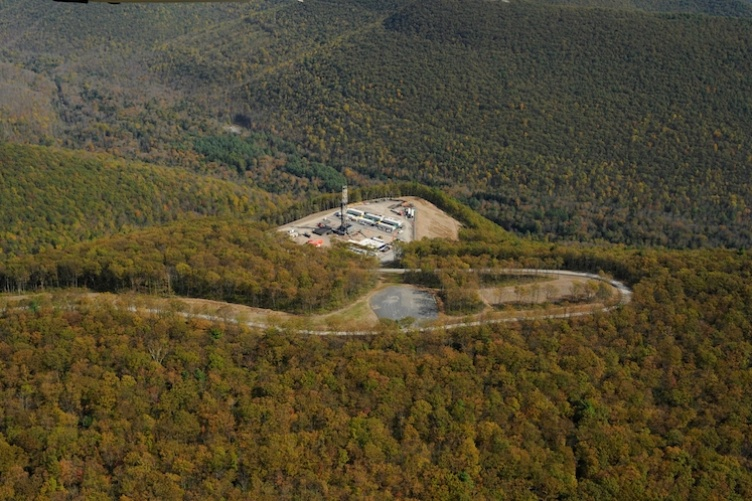 EXAMPLE OF A FRACKING INDUSTRIAL SITE USED FOR SHALE NATURAL GAS ENERGY DEVELOPMENT (SGD) IN RURAL PENNSYLVANIA.