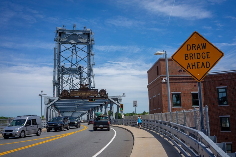 Memorial Bridge