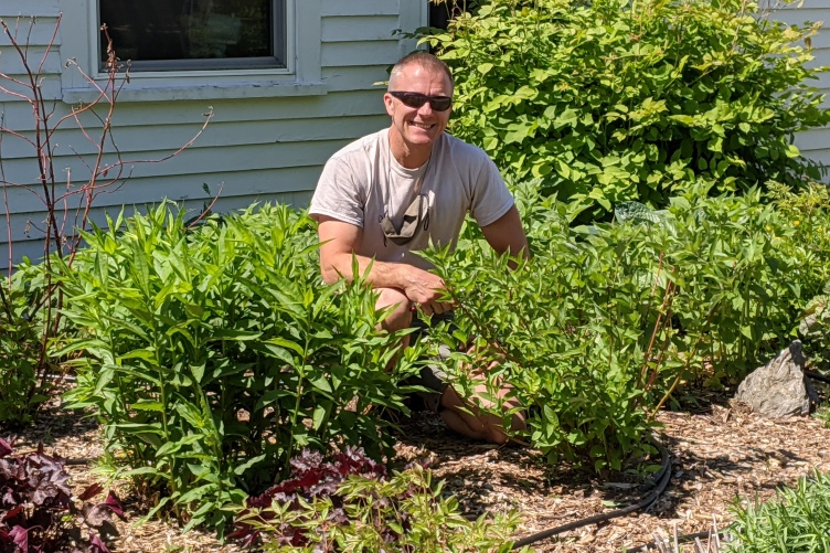 Luke Hydock, manager of the Macfarlane Research Greenhouses at the New Hampshire Agricultural Experiment Station, has been honored with a 2021 Dean's Award for Distinction.