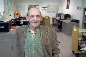 UNH alumnus and Dimond Library employee Robert Morin