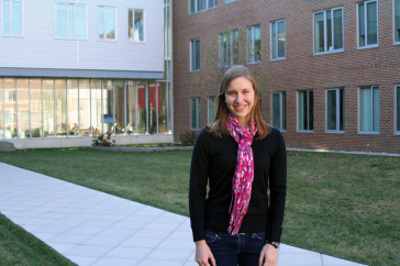Paige Balcom '16 in Kingsbury Courtyard
