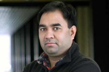 UNH CEPS professor Harish Vashisth