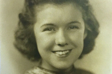 UNH alumna Beverly Swain Powell Woodward '39