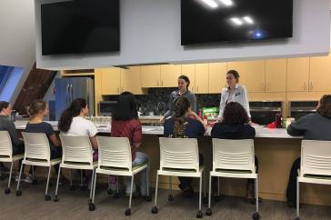 Nutrition workshop in demo kitchen at UNH Health Services