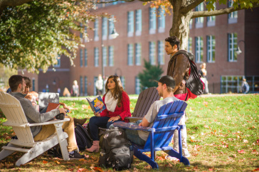Students on the UNH campus