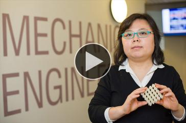 UNH mechanical engineering professor Yaning Li