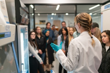 UNH Manchester Launches Program to Boost State's Biosciences Workforce