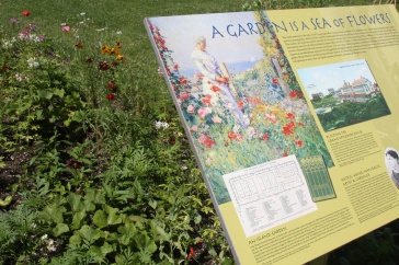 Sign shwoing the layout of Celia Thaxter's garden.