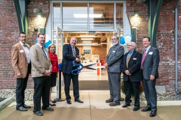 Grand opening of machine shop at UNH Manchester