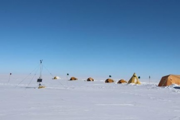 Tents on the ice