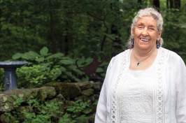 Peg Whittemore '46 - UNH chemistry alum