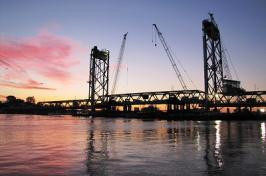 memorial bridge at dusk