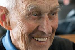 Nelson Bennett '40